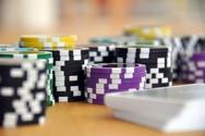 Image de couverture de l'article Comment jouer au poker pour de l'argent réel en limitant les risques ?