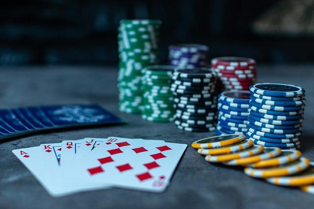 Image de couverture de l'article Strip Poker