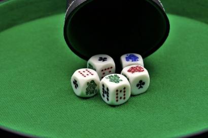 Image de couverture de l'article Le poker sans cartes, tout sur le poker menteur